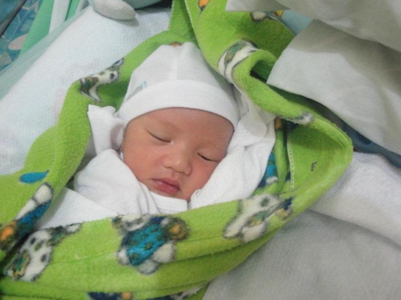 kulayot newborn.jpg