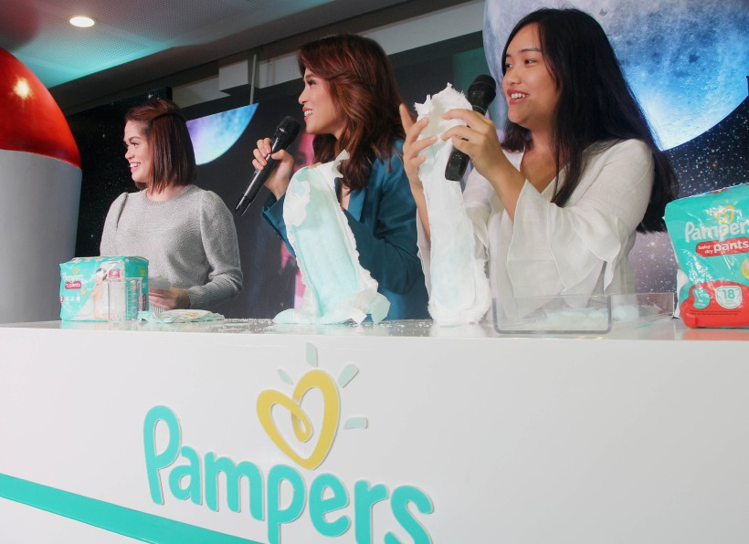 Toni and Seve Pampers Demo.jpg
